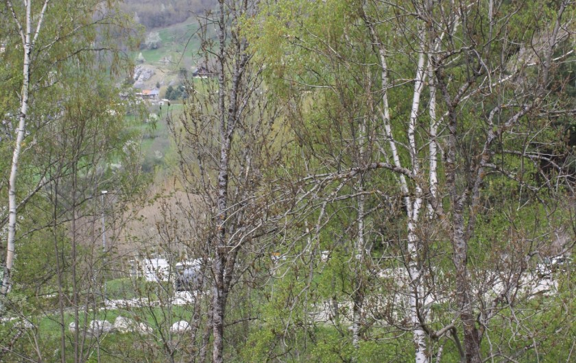 Location de vacances - Appartement à Séez - vue des chambres exposition Nord Eté