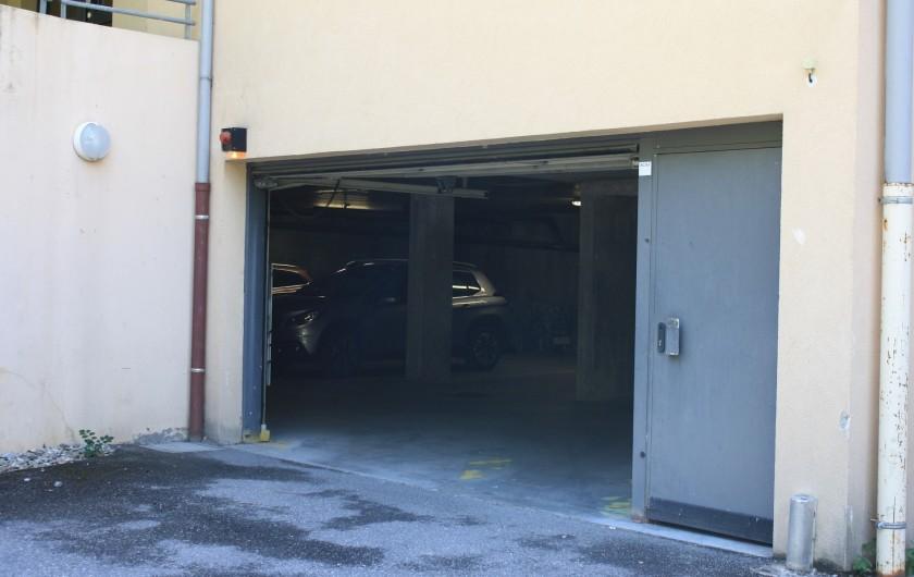 Location de vacances - Appartement à Séez - place de parking couvert en sous-sol