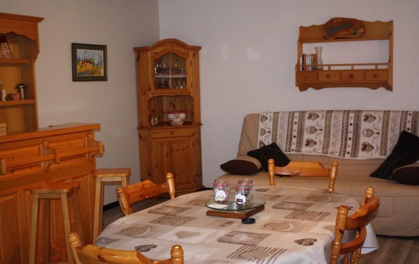 Location de vacances - Appartement à Séez - pièce à vivre : salon