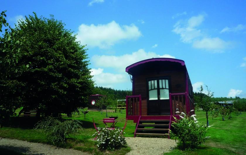 Location de vacances - Bateau à Chamberet - Parc des roulottes