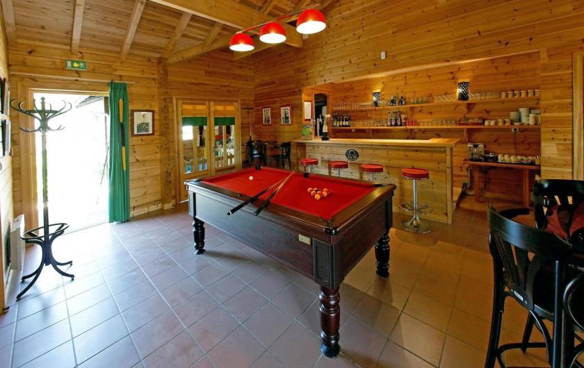 Location de vacances - Bateau à Chamberet - Bar
