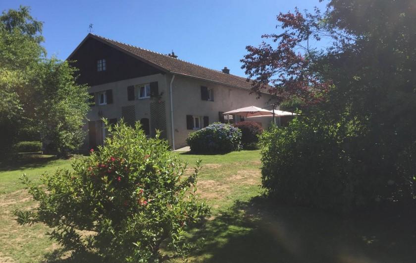 Location de vacances - Gîte à Corcieux - La Maison De Solène côté jardin