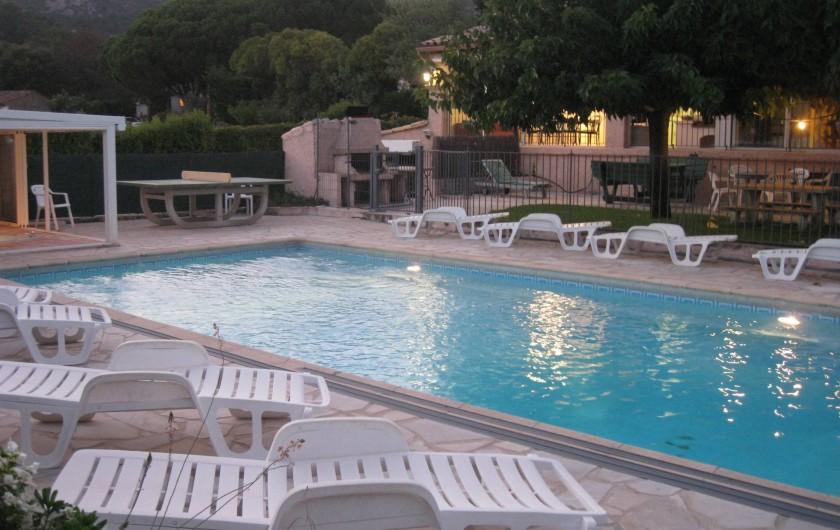 Location de vacances - Villa à Le Plan-de-la-Tour - VUE  AU SUD EN ETE