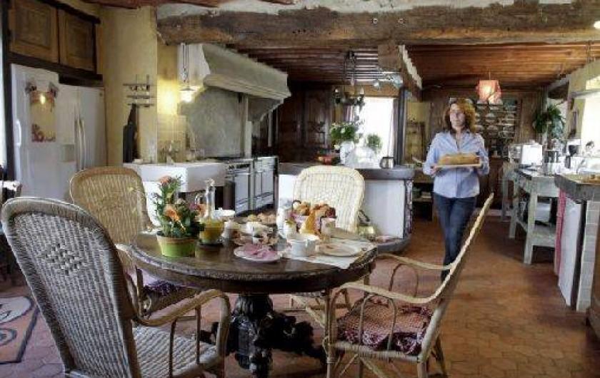 Location de vacances - Chambre d'hôtes à Marchais - servis petit déjeuner