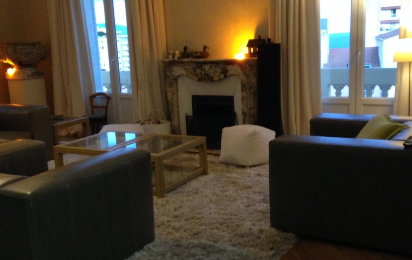 Location de vacances - Appartement à Monaco-Ville - le salon du grand appartement
