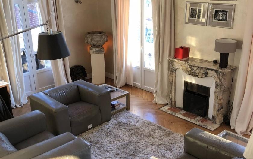 Location de vacances - Appartement à Monaco-Ville - coin salon ds le grand appartement