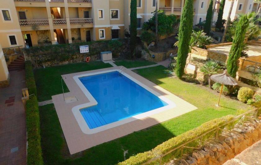 Location de vacances - Appartement à Vera - Appartement situé au 2ème étage . Vue sur la piscine