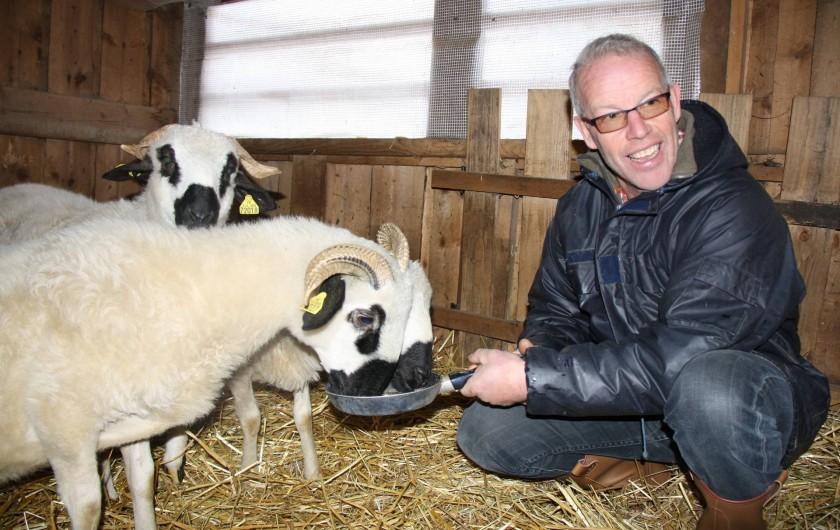 Location de vacances - Chalet à Saint-Hilaire - Visite de la bergerie de Bruno