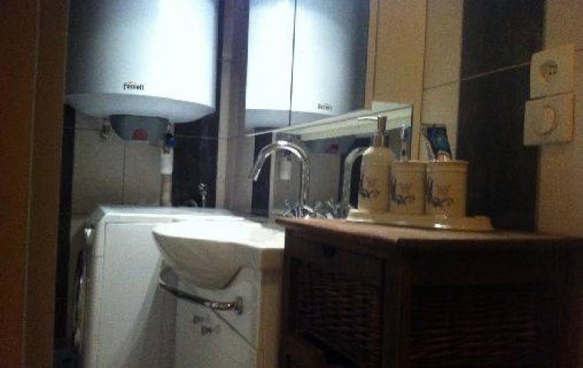 Location de vacances - Gîte à Roanne - Salle de bain à l'italienne (2)