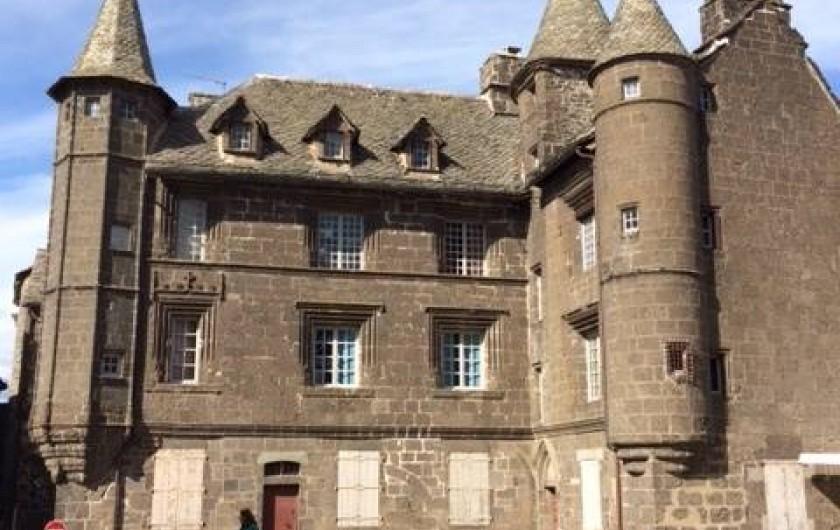 Location de vacances - Maison - Villa à Roumegoux - Village Salers