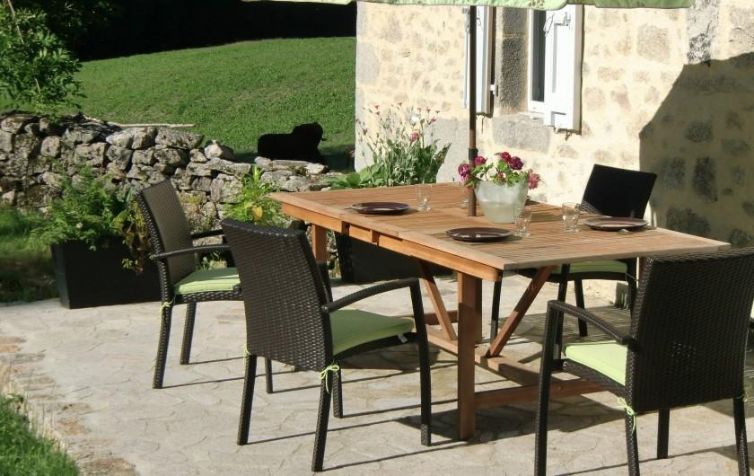 Location de vacances - Maison - Villa à Roumegoux - Terrasse de la maison