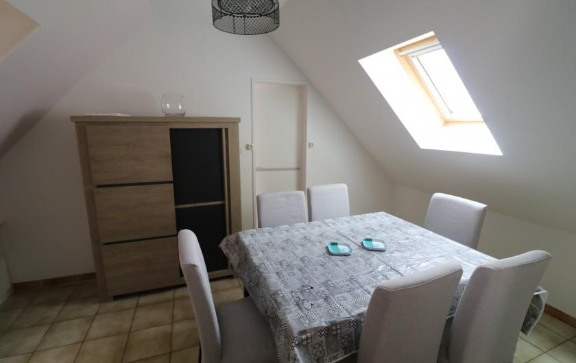 Location de vacances - Appartement à Nazelles-Négron - Séjour