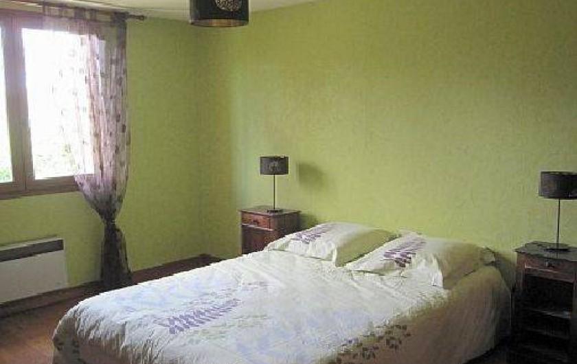 Location de vacances - Maison - Villa à Mauzac-et-Grand-Castang - chambre 1er étage