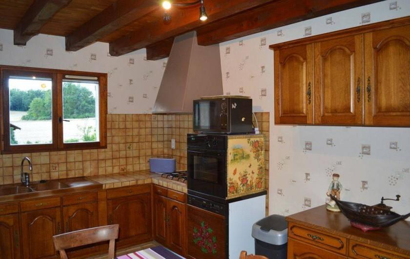 Location de vacances - Maison - Villa à Mauzac-et-Grand-Castang - cuisine