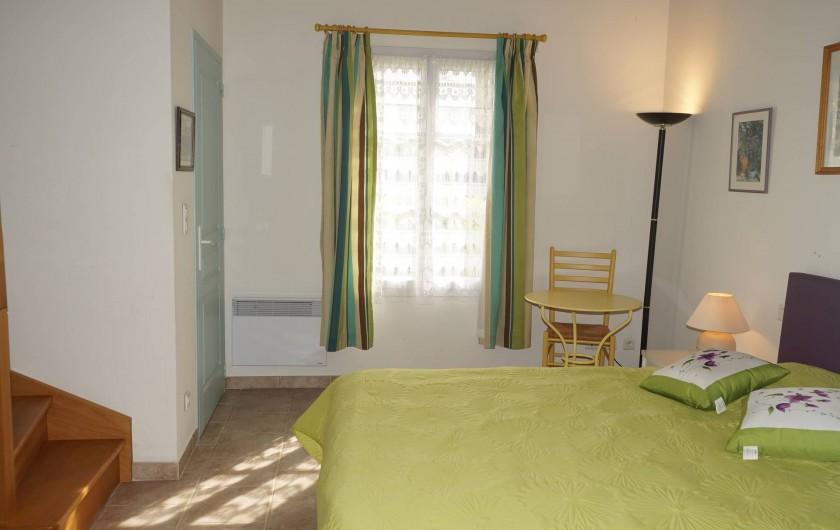 Location de vacances - Chambre d'hôtes à Vedène - Chambre Lavande RDC