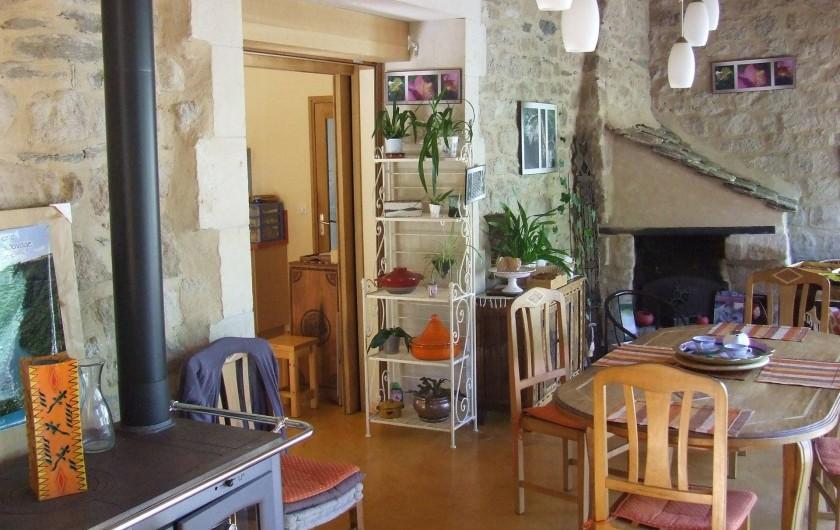 Location de vacances - Chambre d'hôtes à Saint-Laurent-de-Lévézou - Accueil véranda