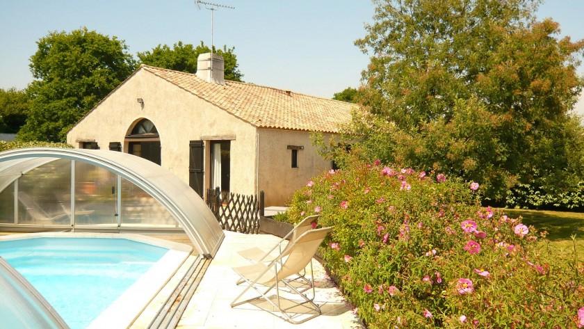"""""""La grange"""" et sa piscine privative couverte"""