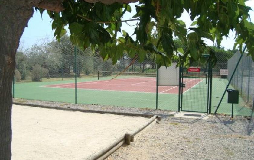 Location de vacances - Appartement à Marseillan - Tennis et jeu de boules partagés
