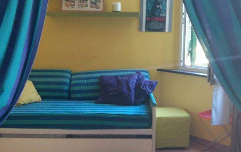 Location de vacances - Appartement à Levanto - living room with sofa with 2 beds