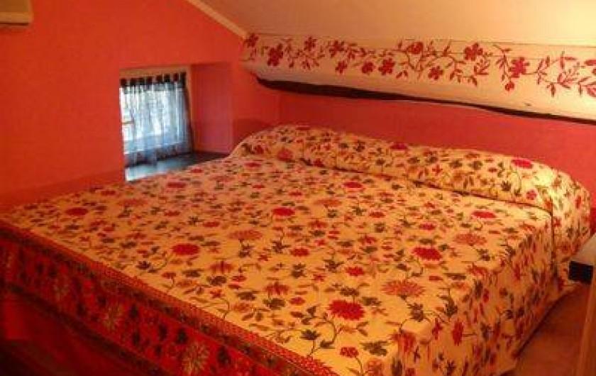 Location de vacances - Appartement à Levanto - matrimonial room in mansard