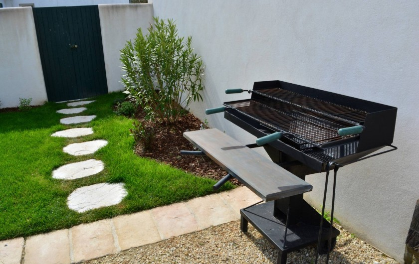Location de vacances - Villa à Sainte-Marie-de-Ré - Barbecue King Size