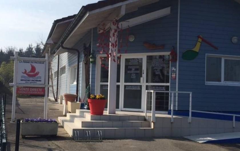 Location de vacances - Chalet à Anthy-sur-Léman - Vente de poisson au village