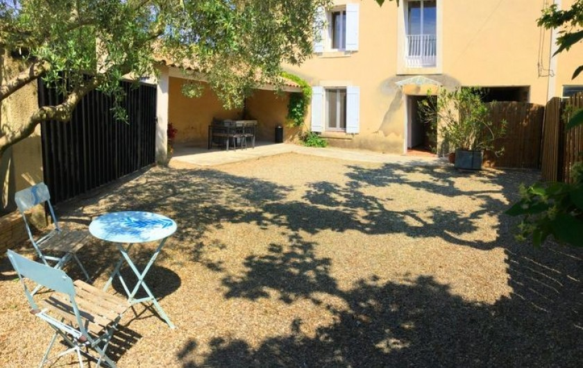 Location de vacances - Gîte à Bédarrides - Extérieur de votre location vacances en Provence