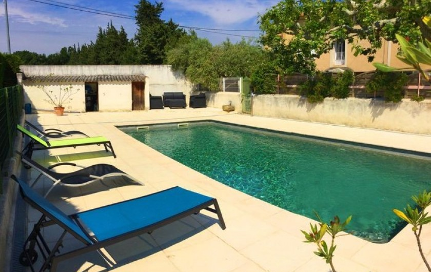 Location de vacances - Gîte à Bédarrides - Gîte avec piscine privée et vue sur le Mont Ventoux