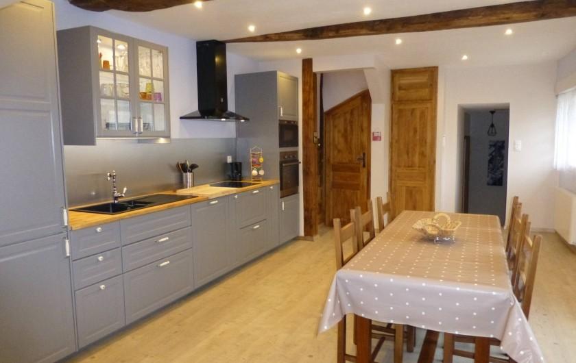 Location de vacances - Gîte à Essômes-sur-Marne - cuisine rustique chic tout équipée