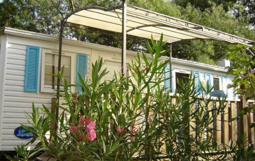Location de vacances - Camping à Sorède - Mobil-home les Lavandes 24 m² - 2 chambres - terrasse 8 m²
