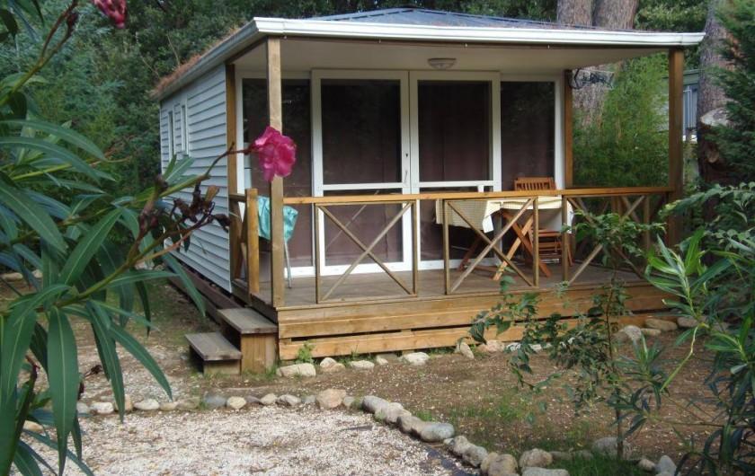 Location de vacances - Camping à Sorède - Mobil-home les Acacias 28 m² - 2 chambres - terrasse 8 m