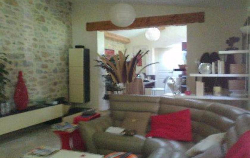 Location de vacances - Villa à Golfe-Juan - Le salon avec TV
