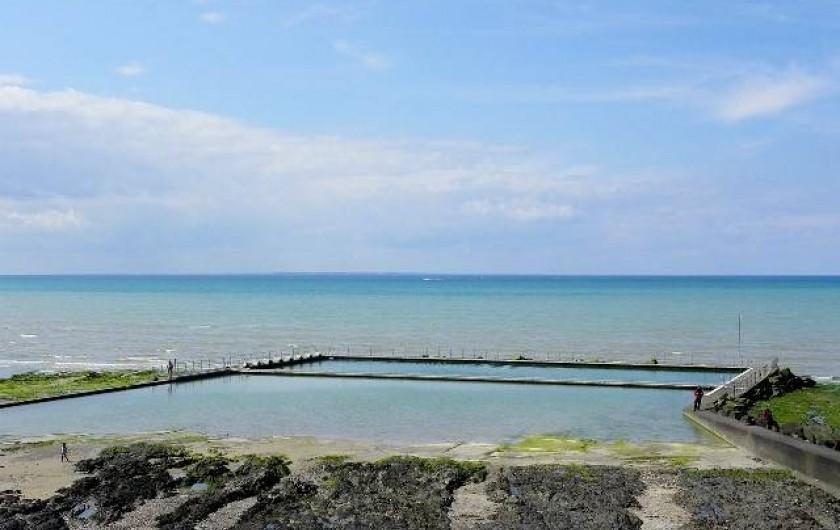 Location de vacances - Appartement à Saint-Pair-sur-Mer - Piscine d'eau de mer gratuite de Saint pair sur mer