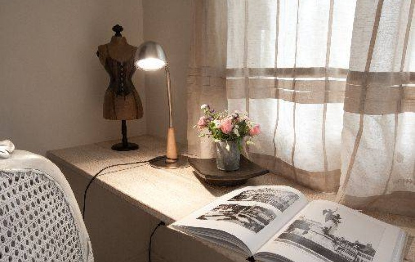 Location de vacances - Chambre d'hôtes à Beaune - Détail de la chambre Orchidées à la Terre d'Or.