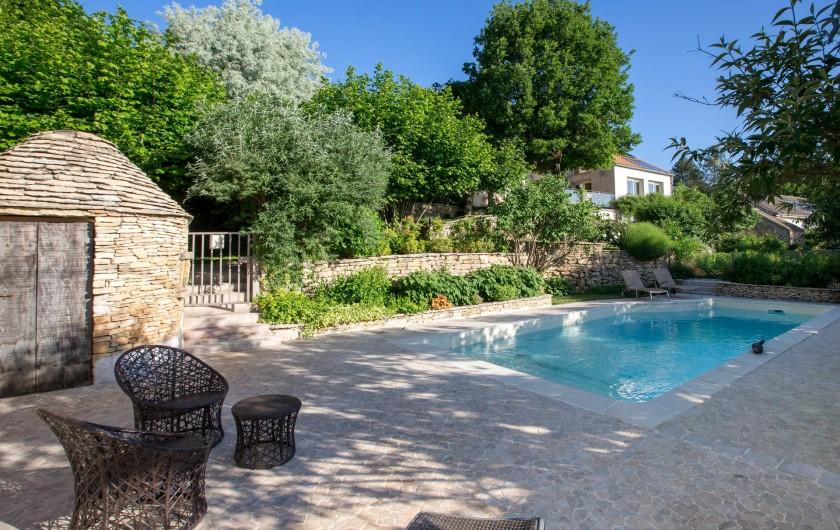 Location de vacances - Chambre d'hôtes à Beaune - La Terre d'Or et sa piscine