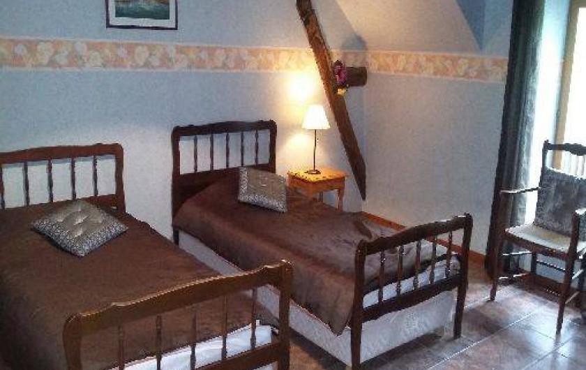 Location de vacances - Gîte à Autun - chambre2