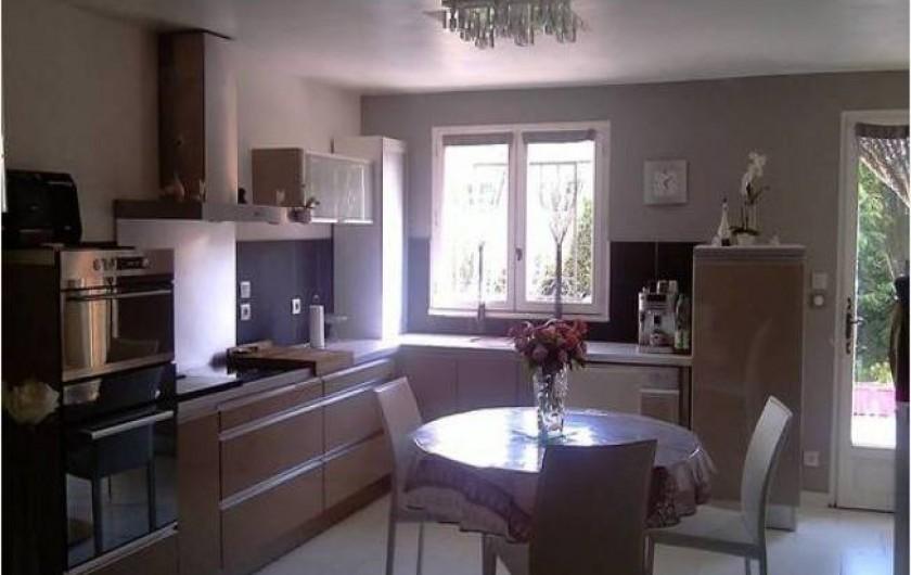Location de vacances - Maison - Villa à Aix-en-Provence - Cuisine d'été