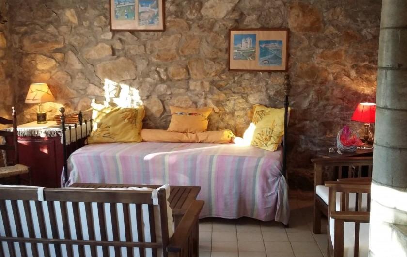 Location de vacances - Gîte à Bize-Minervois - coin séjour