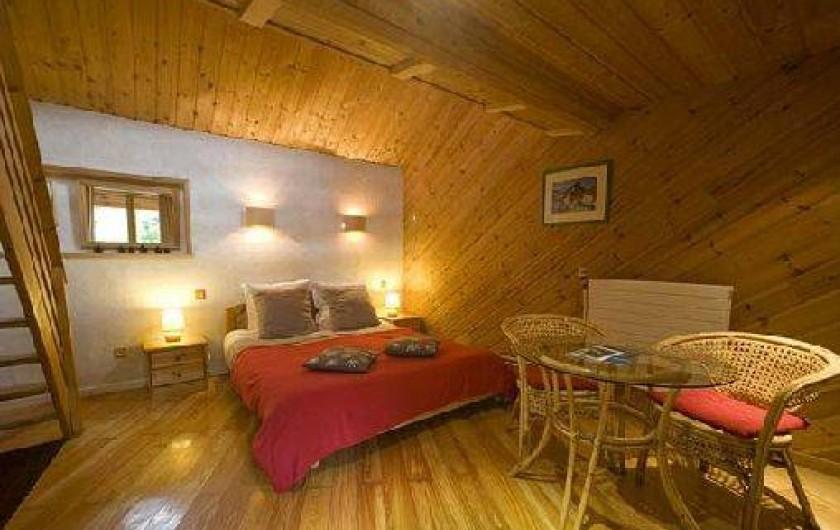 Auberge la joie de vivre n vache dans les hautes alpes - Location chambre hotel au mois ...