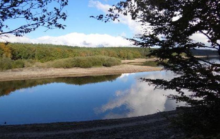 Location de vacances - Chambre d'hôtes à Cuxac-Cabardès - Lac Laprade