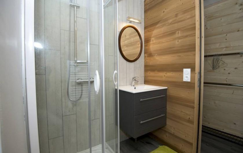 Location de vacances - Gîte à Saint-Pierre-de-Chartreuse - SDB 1er étage (et toilettes séparées)