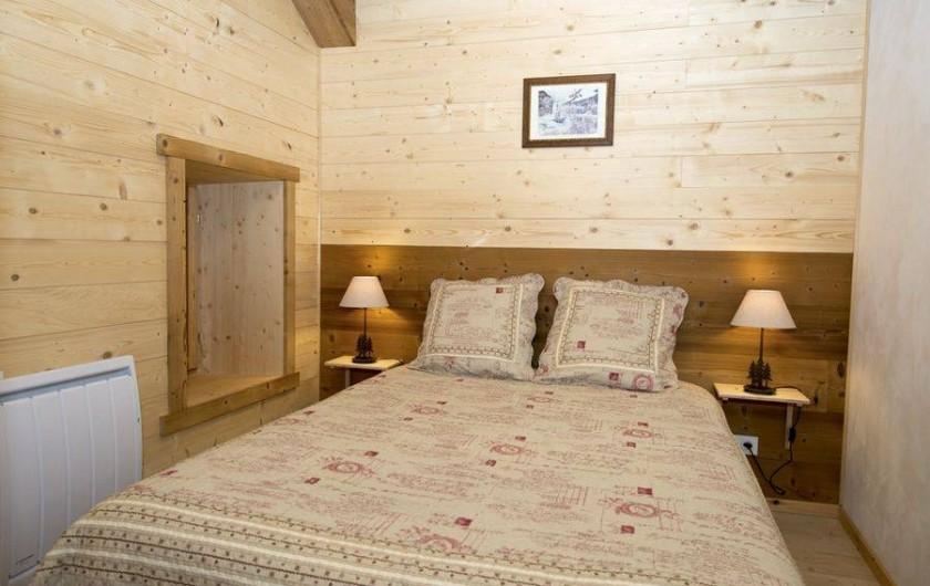 Location de vacances - Gîte à Saint-Pierre-de-Chartreuse - Chambre 1 au 1er étage (lit 2 personnes)