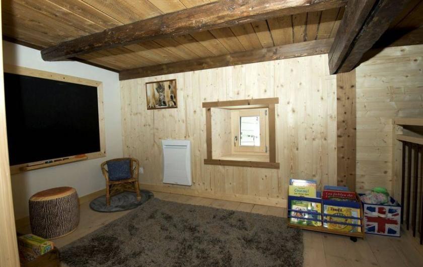 Location de vacances - Gîte à Saint-Pierre-de-Chartreuse - Espace jeux au 1er étage