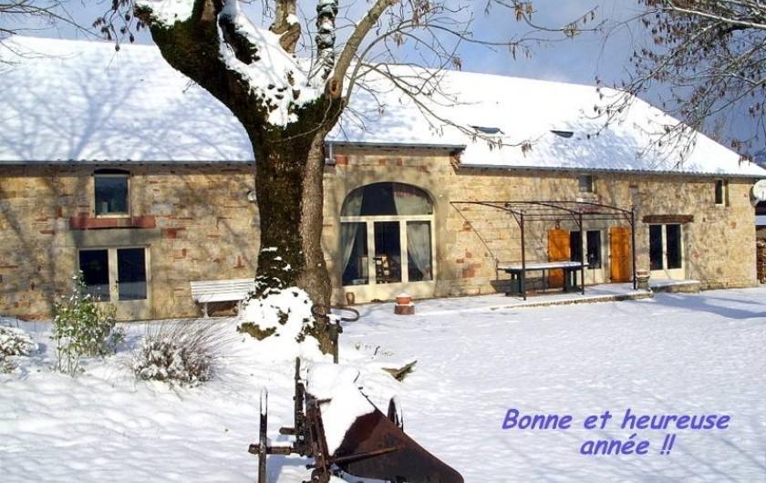 Location de vacances - Gîte à Turenne - le gîte en hiver