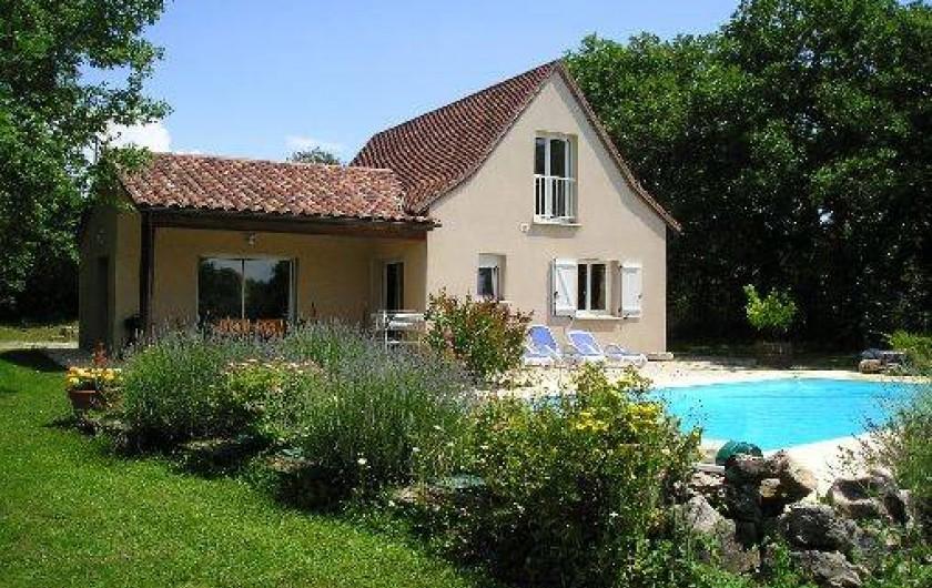 Location de vacances - Villa à Loubressac - Vue extérieure