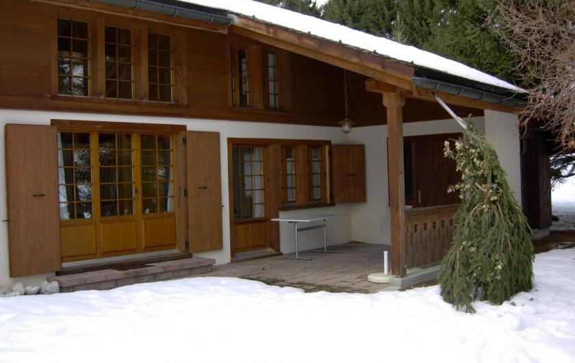 Location de vacances - Chalet à La Comballaz - facade est