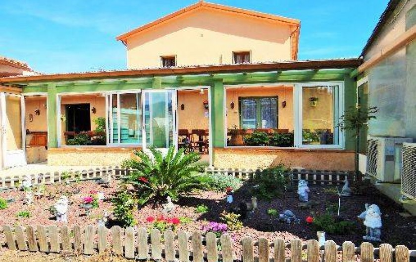 Location de vacances - Chambre d'hôtes à Ortaffa - Devant terrasse