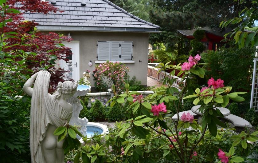 Location de vacances - Villa à Pierre-Châtel - Parc romantique