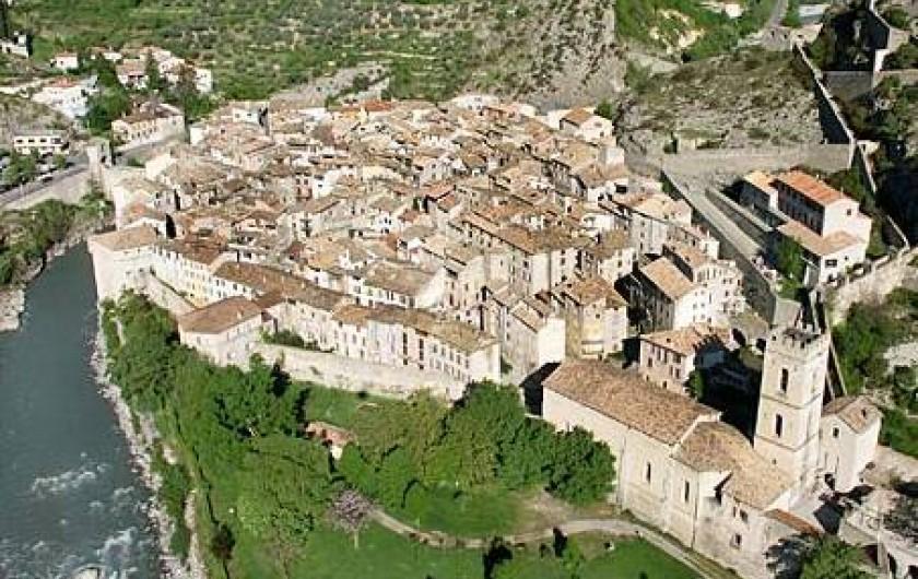 Location de vacances - Appartement à Entrevaux - village médiéval