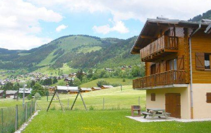 Location de vacances - Chalet à Châtel - chalet  12-14  personnes cloturé et belle vue sur le village